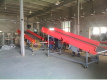Auto lifting belt conveyor