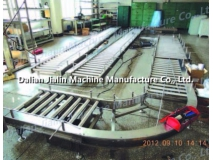 Stainless steel conveyor for seafood